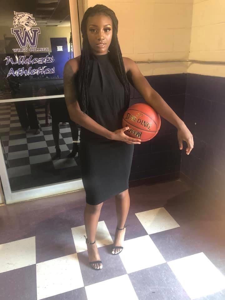 JaidaCarsonBBasketball